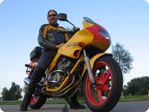 X_FISH auf XJ 600 S Diversion (4BRA)