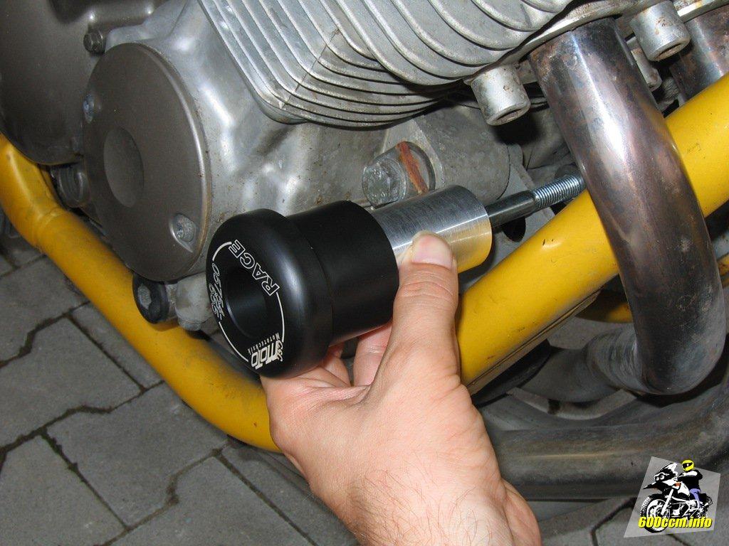 600ccm.info – Sturzpad von GSG für die Yamaha XJ 600 S/N